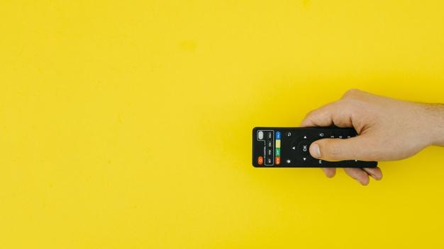 התקנה מקצועית של הטלוויזיה