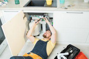 טיפים לפתיחת סתימות בכיור